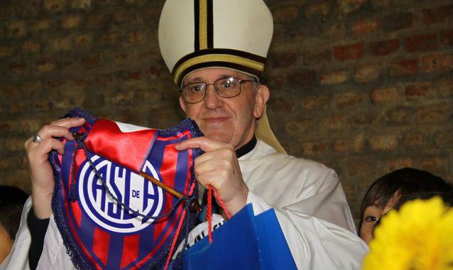 Jorge_Mario_Bergoglio-Papa_Francisco_I-San_Lorenzo-Almagro_ALDIMA20130313_0011_16