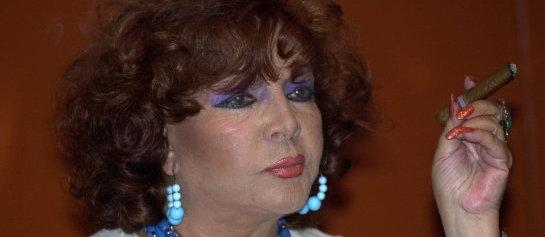 LA ACTRIZ Y CANTANTE SARA MONTIEL FALLECE EN SU DOMICILIO MADRILEÑO