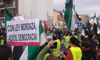 22M_Marchas_de_la_Dignidad_columna_Extremadura