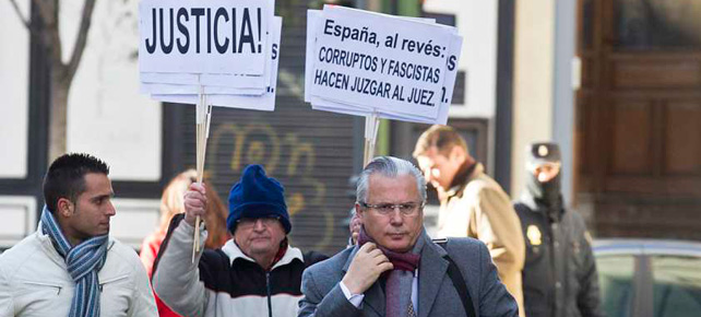 Baltasar Garzón llegando al Tribunal Supremo (Foto: AP)