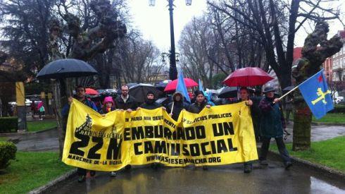 personas-manifiestan-Marcha-dignidad-Asturias_TINIMA20140301_0222_5