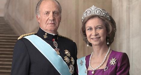 21324_foto-oficial-reyes-espana_m